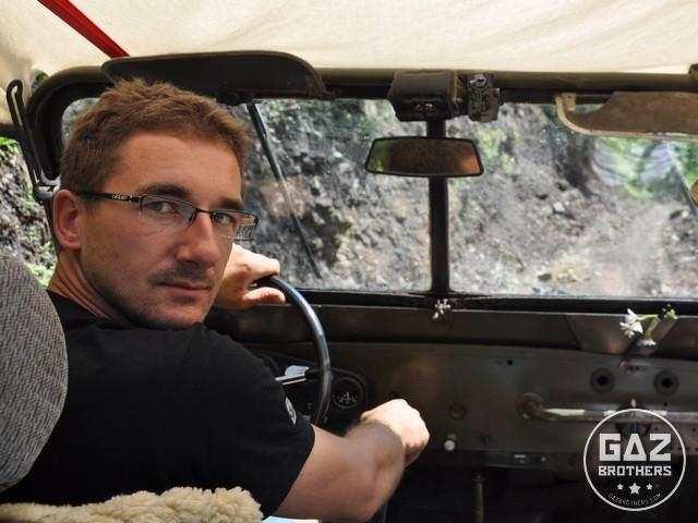 Tomasz Maciążek za kierownicą Gaza 69