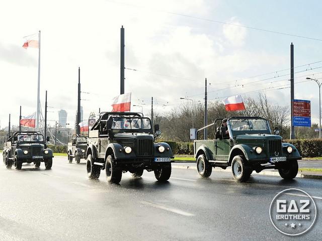 Parada samochodów militarnych Gaz 69